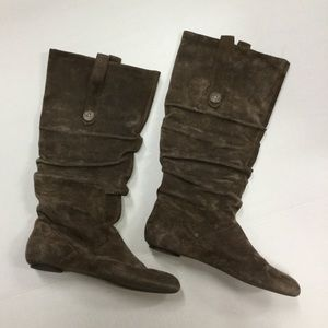 NWOT. Never worn suede boots